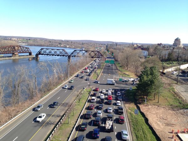 Evening commute back-up on Route 9 southbound at Hartford Avenue